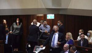 گزارش خبرنگار العالم از جنجال در جلسه رای اعتماد به کابینه نفتالی بنت+ ویدیو