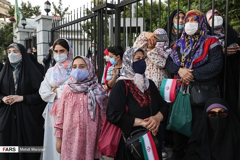 پویش «دعوت حضور» هیأتیها در میدان راه آهن تهران