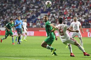 کریخوانی بازیکنان عراق در آستانه بازی با ایران