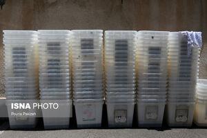 عکس/ آماده سازی صندوقهای اخذ رای در همدان