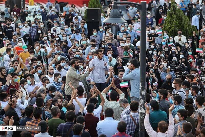 مداحان برای گرمکردن تنور انتخابات به میدان آمدند +عکس