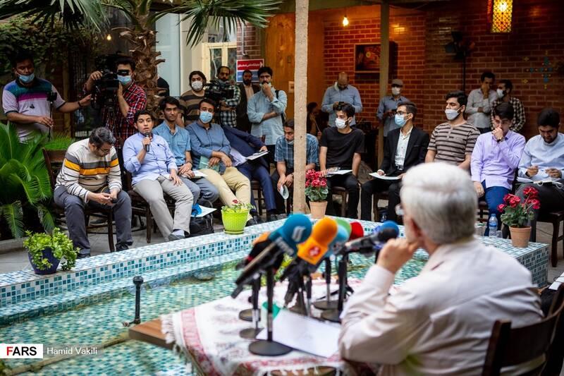نشست صمیمی سعید جلیلی با جمعی از نوجوانان