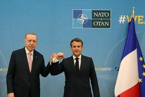 ماکرون: دیدار با اردوغان در فضایی مسالمت آمیز برگزار شد