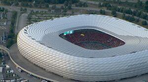 تصویر هوایی از ورود جیمی جامپی به استادیوم