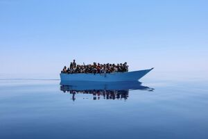 عکس/ قایق پناهجویان در دریای مدیترانه