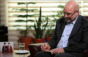 دستخط قالیباف برای حمایت از لیست تهران سربلند+عکس