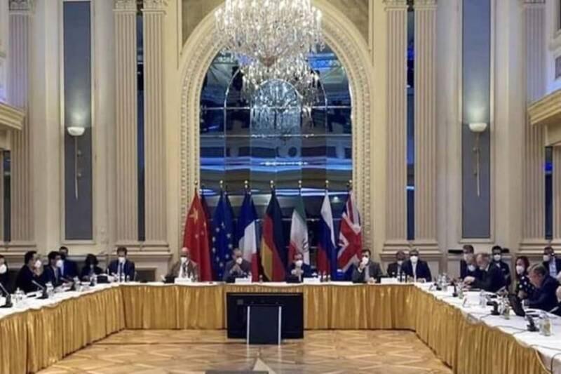 تاکید انگلیس و آمریکا بر وجود مسائل حل نشده در مذاکرات وین