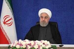 روحانی در ستاد انتخابات رأی خود را به صندوق انداخت
