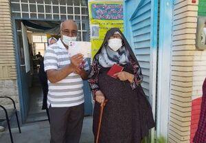 مادربزرگ ۹۵ ساله شاهرودی رای داد