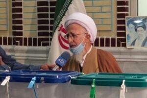 جوادی آملی رای خود را در دماوند به صندوق انداخت/پیروز انتخابات باید پاسخگوی مشکلات مردم باشد - کراپشده