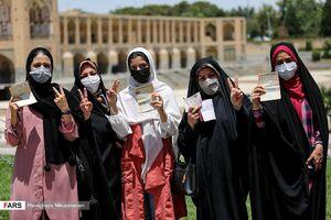 عکس/ حضور پرشور زنان در روز انتخابات