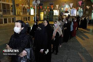عکس/ صف طولانی کرجیها در شب انتخابات