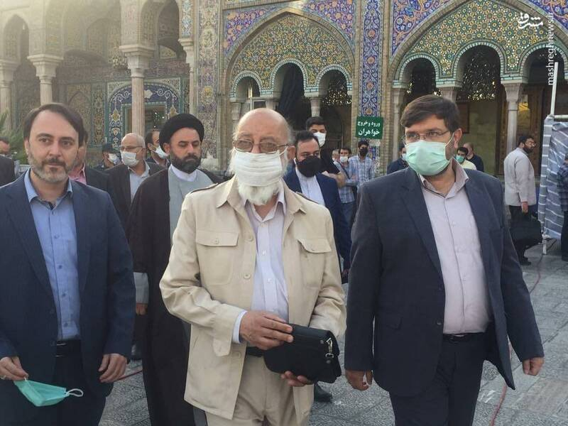 حضور نامزدهای شورای ائتلاف در انتخابات شورای شهر تهران در حرم عبدالعظیم حسنی و شرکت در رأیگیری