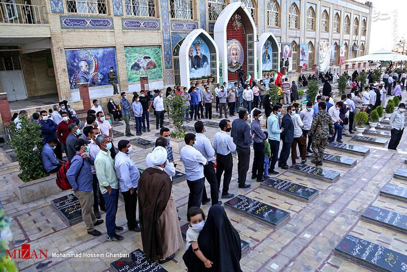 انتخابات ۱۴۰۰ - گلزار شهدای کرمان