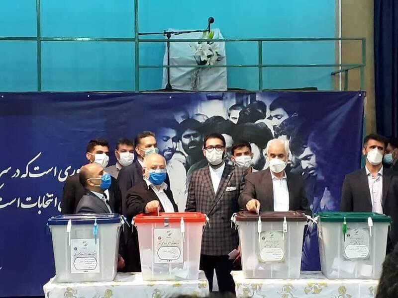 مهرعلیزاده رأی خود را به صندوق انداخت +عکس
