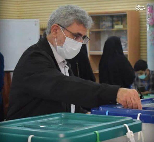 سردار قاآنی رای خود را به صندوق انداخت