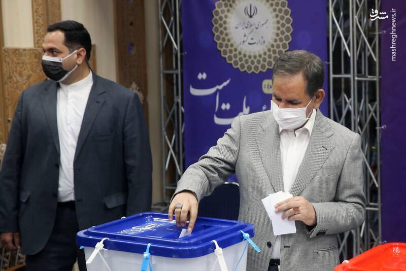 جهانگیری رای خود را به صندوق انداخت
