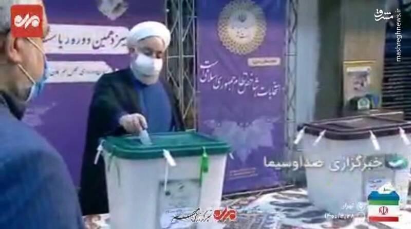 فرق روحانی و قالیباف در رای دادن+ عکس
