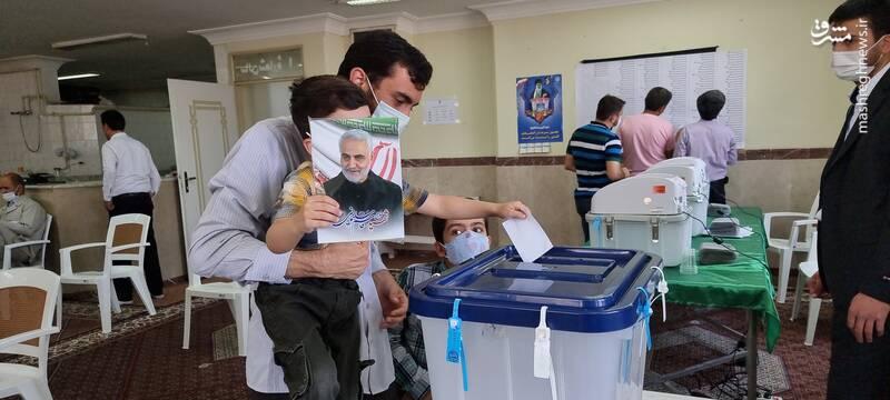 رای دادن مهدی رسولی+ عکس