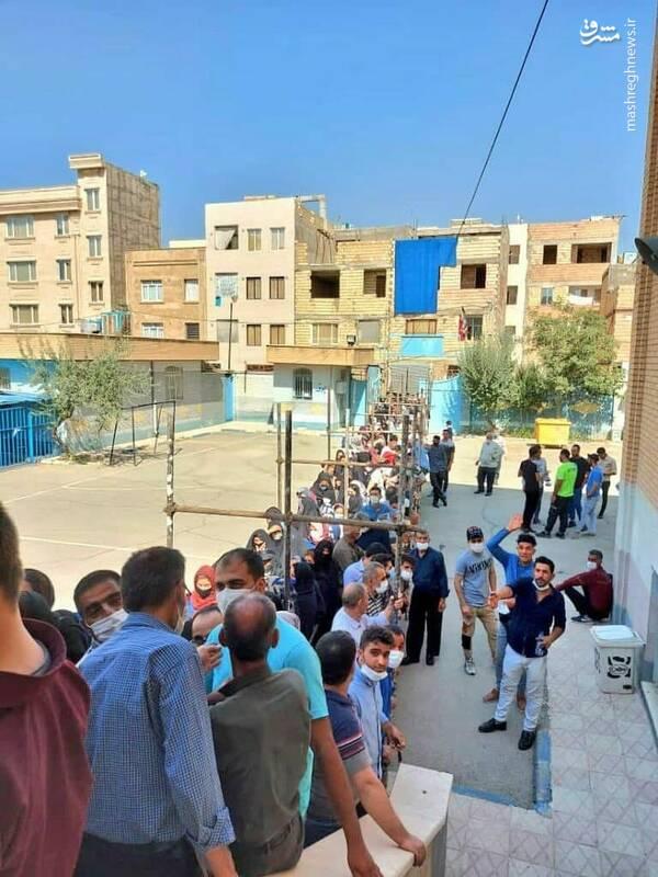تصویر/ صف طولانی رای دهندگان در اسلامشهر
