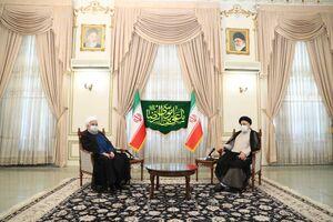 عکس/ اولین دیدار روحانی با رئیسی پس از انتخابات