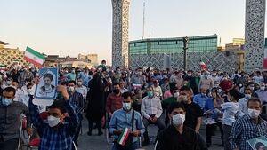 جشن پیروزی هواداران رئیسی در تهران + عکس