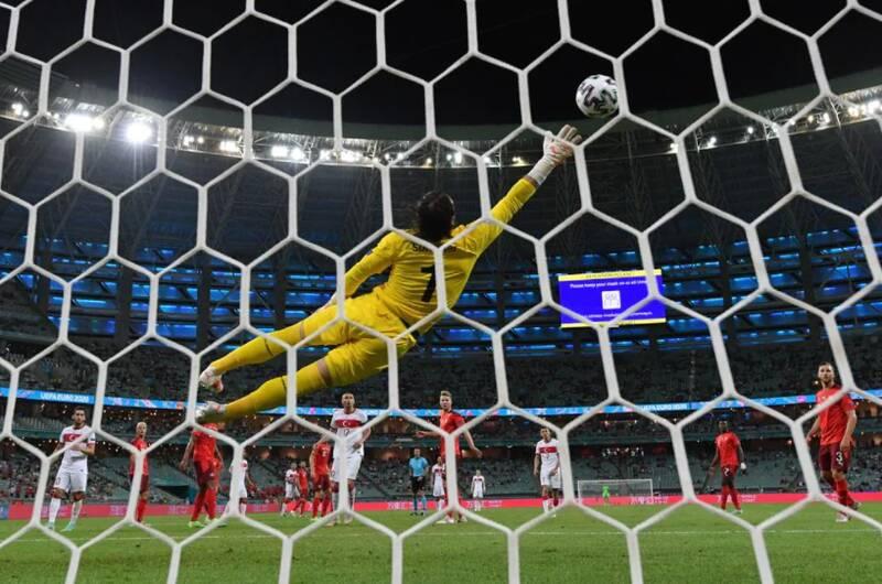 ایتالیا و ولز راهی مرحله بعدی شدند/ سوئیس با تحقیر ترکیه امیدوار به صعود