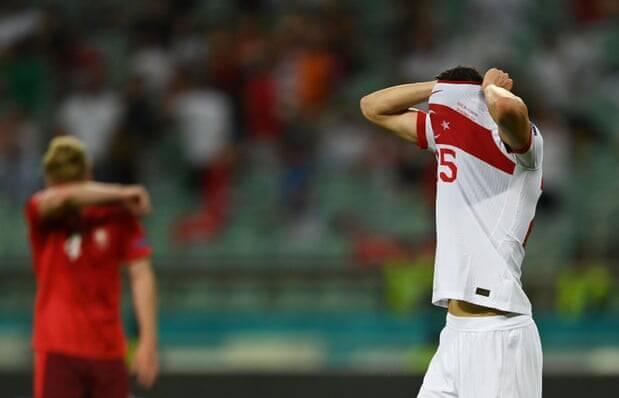 واکنش بازیکنان ترکیه پس از حذف از یورو +عکس