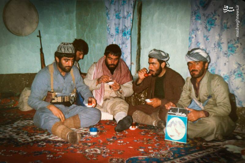 داعشیها به تبلت حاج مراد هم رحم نکردند! + عکس