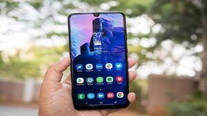قیمت تلفن همراه؛ انواع گوشیهای ۴ میلیون تومانی در بازار کدام است؟