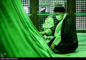 عکس/ تجدید میثاق رئیسی با آرمانهای بنیانگذار انقلاب