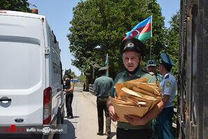 عکس/ انتقال محکومان ایرانی از جمهوری آذربایجان به کشور