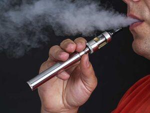 سیگارهای الکترونیکی حاوی حشیش مایع! +فیلم