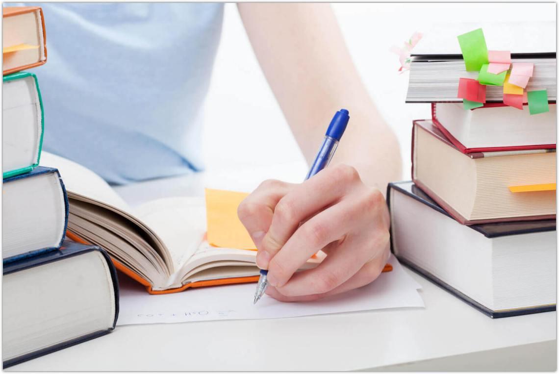 بهترین سایت ترجمه کتاب با تیم تخصصی دانش گستر
