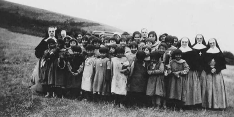 ماجرای کشف گورهای جمعی در مدارس بومیهای کانادا