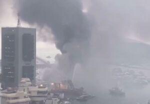 فیلم/ سوختن ١۶ قایق تفریحی در آتش سوزی هنگ کنگ