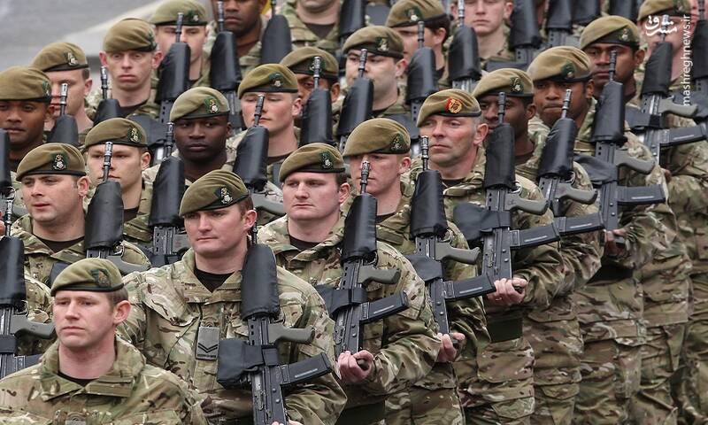 پیداشدن اسناد نظامی طبقهبندی شده انگلیس در یک ایستگاه اتوبوس!