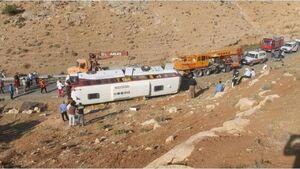 اطلاعیه پلیس راهور درباره حادثه اتوبوس خبرنگاران و سربازان