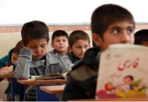 چگونه کمک حال ۴۰۰ هزار دانش آموز افغانستانی باشیم؟