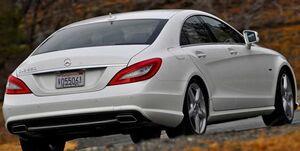 جریمه یک میلیارد دلاری برای خودروسازان آلمانی/ بنز بقیه را لو داد و از جریمه گریخت