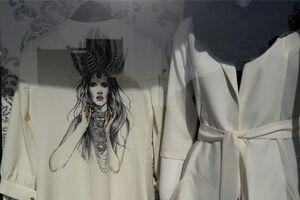 سردرگمی دختران نوجوان در بازار پوشاک
