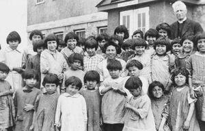 کشف چهارمین گور دسته جمعی این کودکان+ تصاویر
