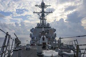 آمریکا در دریای چین جنوبی اقدام به برگزاری مانور نظامی کرد