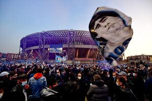 دیدار احساسی ایتالیا و آرژانتین برای ادای احترام به مارادونا