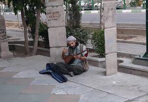 جناب سعدی اینجا میشینه ساز میزنه+ عکس