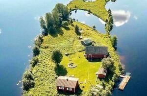 جزیره ایی کوچک در فنلاند