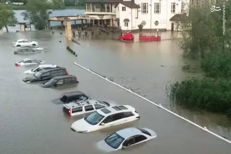 وقوع سیلاب در منطقه Goryachy Klyuch روسیه