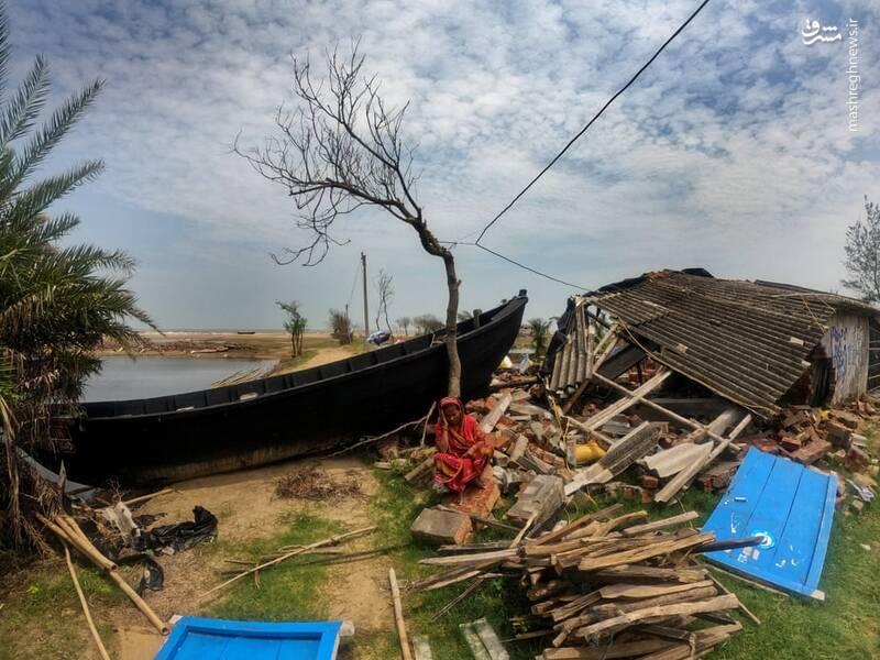 خسارت طوفان در کلکته هند