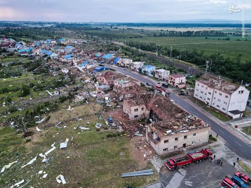 تصویر هوایی از خسارت گردباد در جمهوری چک