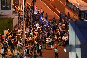 عکس/ ازدحام ژاپنیها برای حضور در مراسم افتتاحیه المپیک